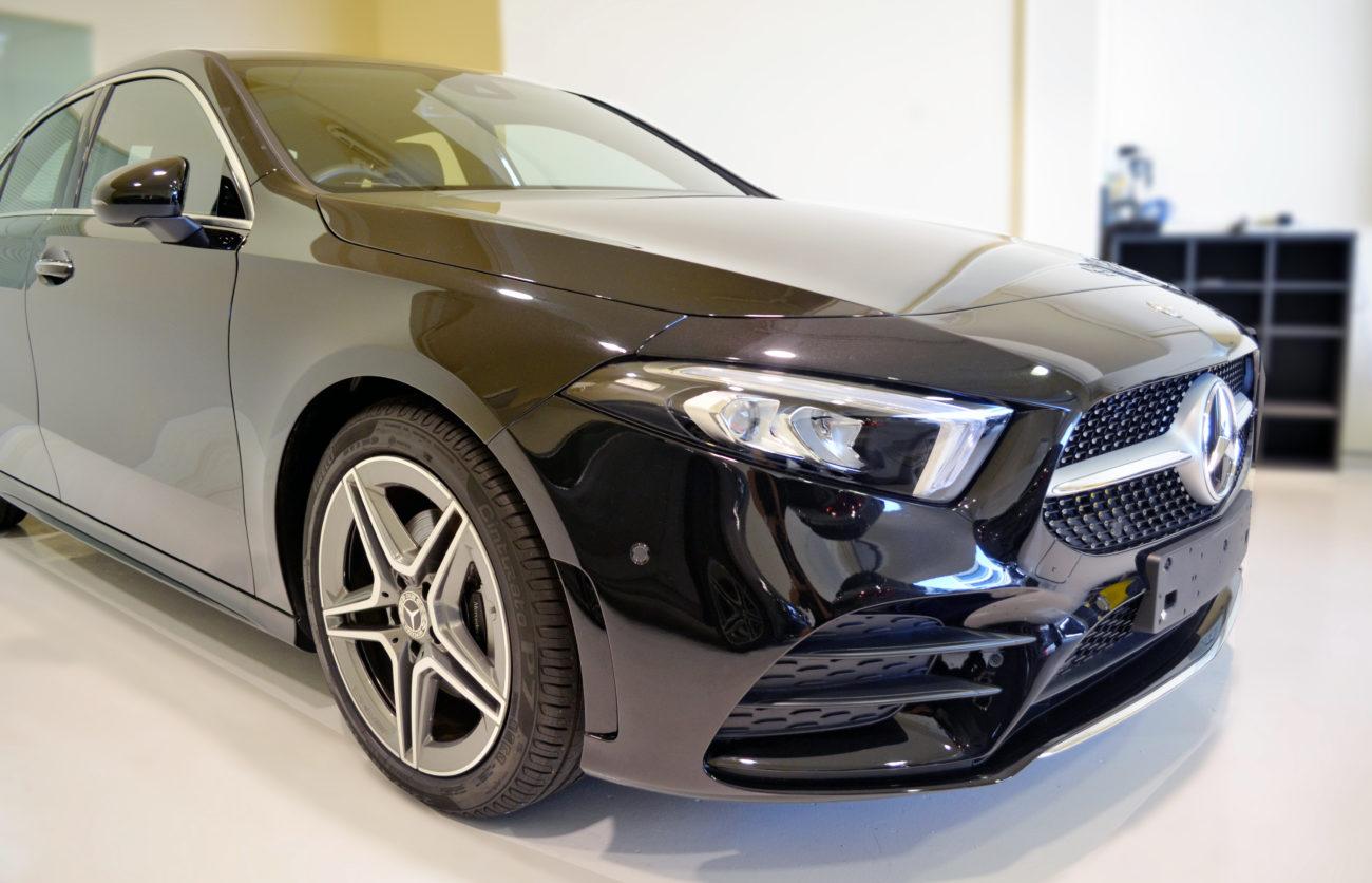 Mercedes Saloon p1