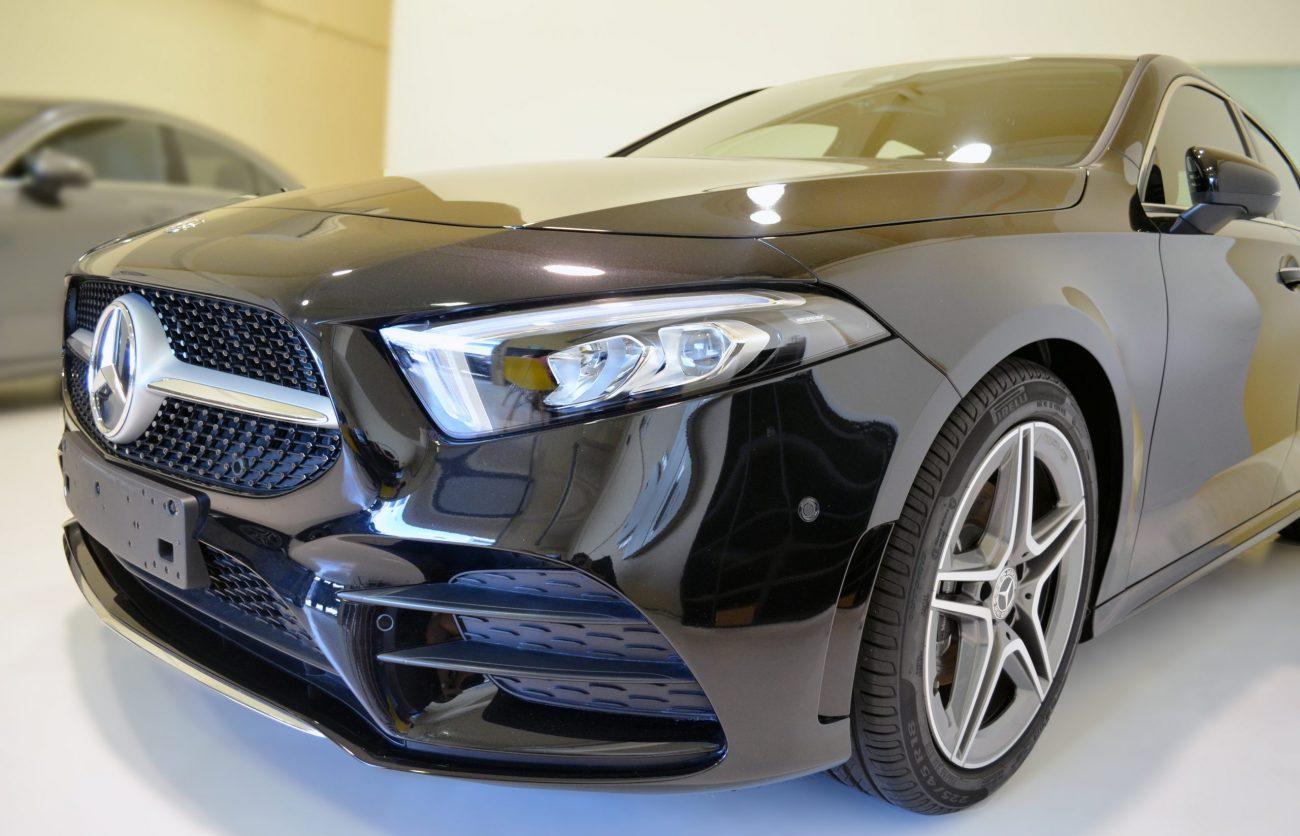 Mercedes Saloon p4