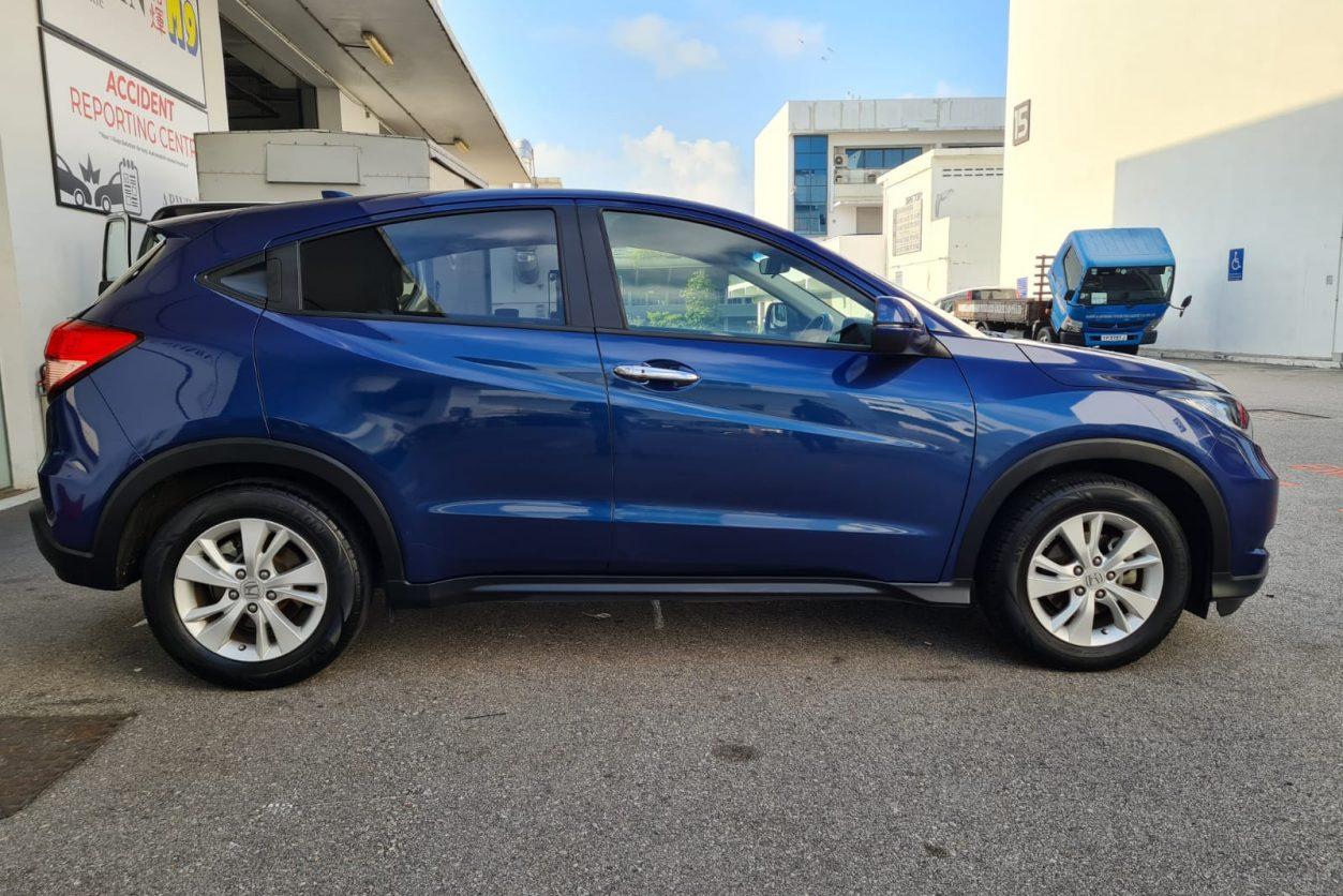 Blue Honda Vezel Side